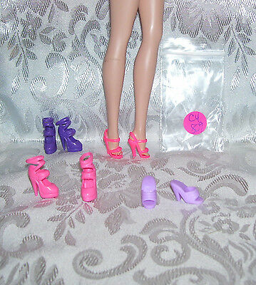 NEW FITS VINTAGE BARBIE SILKSTONE /& BARBIE 4 PR SHOES CHINA LOT #C4-802