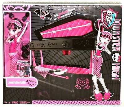 Monster High Kohl's Exclusive Dead Tired Draculaura Jewelry Box Coffin with Doll