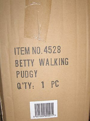 Betty Boop Walking Pudge Rutten