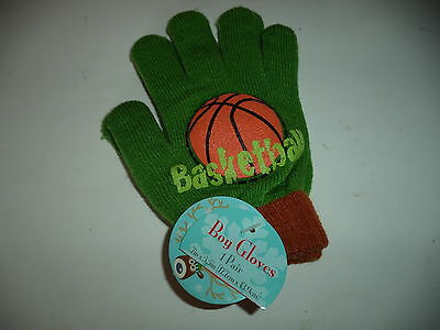 One Pair Green Basketball Boys Gloves Seven Inches By Five Point Five Inches4 71