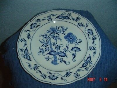 Lipper and Mann Blue Danube Bread and Butter Plates
