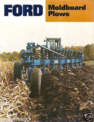 Farm Implement Brochure - Ford - 100 et al - Moldboard Plow - 1982 (F1489)