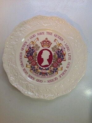 Mason's   (1) Plate - Commemorating the Royal Silver Jubilee 1952-1977