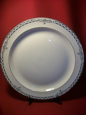 Royal Doulton China Josephine Gold H5235  Large Round Serving / Chop Platter NEW
