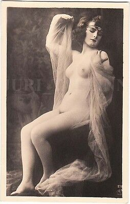 NUDE SEXY Lady with Nice Breast in Sitting Pose EROTIC Photo, ESTONIA 1920s