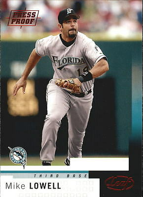 2004 Leaf Press Proofs Red #136 Mike Lowell