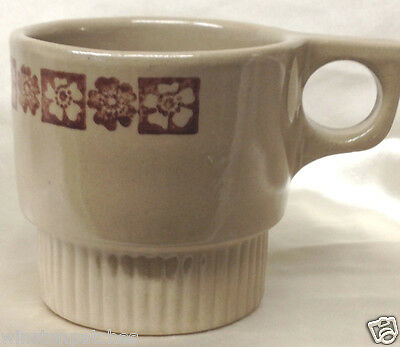 Monmouth Maple Leaf Tan Mug With Brown Flower Block Bottom Ribbed Trigger Handle
