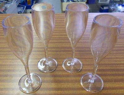 4 flute a champagne 180ml  NEUF