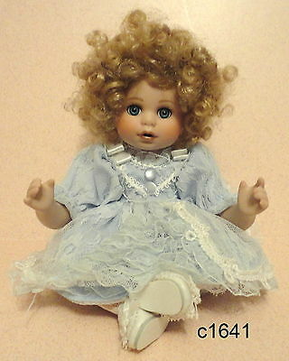 Marie Osmond Suzanne Tiny Tot Porcelain Doll Mint
