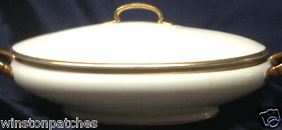 HUTSCHENREUTHER BAVARIA LOUISE OVAL COVERED CASSEROLE BOWL & LID 32 OZ GOLD TRIM