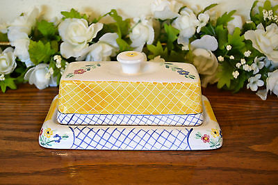 Herend Village Pottery  Lattice Hill Covered  Butter Dish