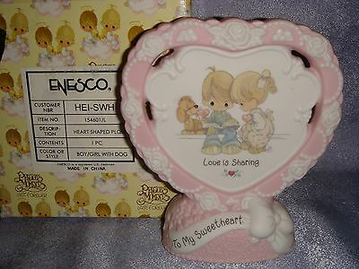 Precious Moments - 154601 -MIB- Porcelain Standing Plaque - LOVE IS SHARING