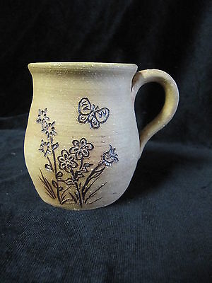 VINTAGE LEFTWICH POTTERY MUG WITH IMPRESSED DESIGN NC POTTERY SIGNED & DATED '81