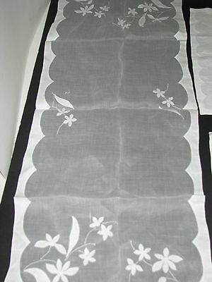 VINTAGE LACE 16pc set of fine lace  placemat, napkins runner silky