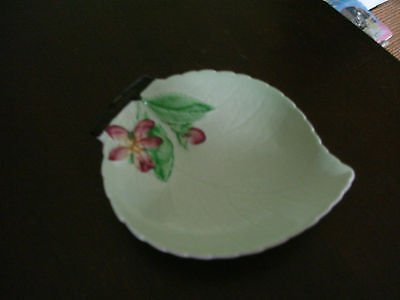 lovely carlton ware leaf shaped dish apple blossom ? australian design 11x9.5 cm