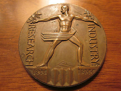 BRONZE Medallion ZETTLER Medal WORLD'S FAIR Chicago DECO 1933 RESEARCH INDUSTRY