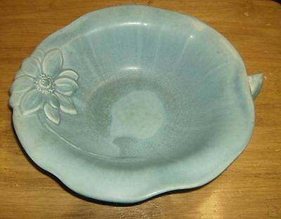 Unusual ROOKWOOD turquoise blue   console / flower bowl 1940 - LILY