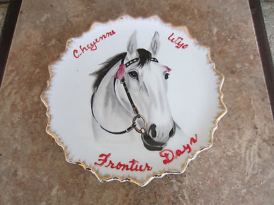 Cheyenne WY Frontier Days rodeo souvenir plate gray horse Japan 60s/70s
