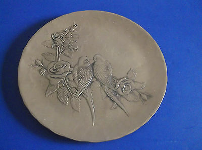 """WENDELL AUGUST FORGE PLATE LOVE BIRDS & ROSES 9"""" BRONZE GROVE CITY PA GIFTWARE"""