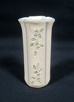"""MPM Dutch Art Pottery Vase, Cream Color Base with Blue and Red Flowers 5 1/2"""""""