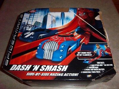 New - Marvel Dash 'N Smash Side by Side Racing Action with 1 Die-Cast 1:64 Car