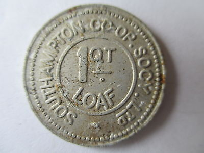 VINTAGE EARLY 20th CENTURY SOUTHAMPTON ALUMINIUM  CO-OP 1/4  LOAF BREAD TOKEN