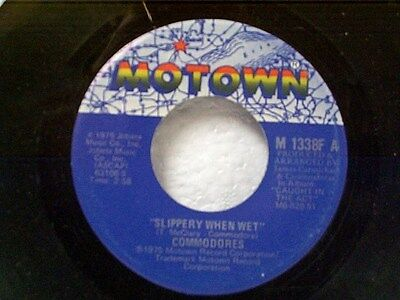 "COMMODORES ""SLIPPERY WHEN WET / THE BUMP"" 45  MINT"