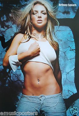 """BRITNEY SPEARS """"LIFTING SHIRT & SHOWING ROCK HARD ABS"""" POSTER FROM ASIA-Pop Diva"""
