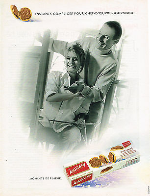 PUBLICITE ADVERTISING 104  2002  KAMBLY  biscuits  PARADISE