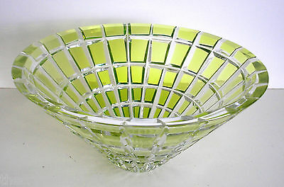 1 AJKA METROPOLITAN Lime Paridot cased cut to clear crystal centerpiece bowl