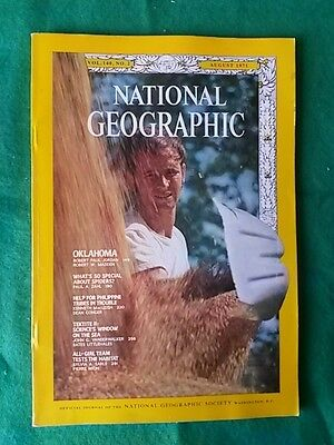 National Geographic - Aug 1971 Vol 140 #2 - What's So Special About Spiders