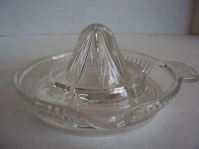 VINTAGE CLEAR GLASS JUICER REAMER WITH TAB HANDLE SIDE SPOUT