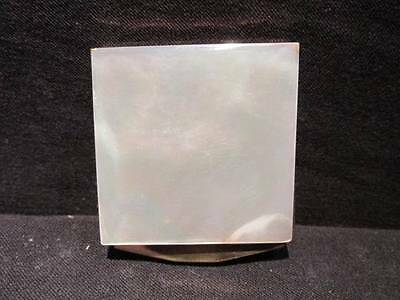 Compact Mother of Pearl Lid Gold Metal Interior Clasp 1931 patent USA 1802796