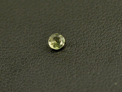 0.06cts round 2.5mm moldavite faceted cutted gem BRUS961