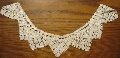 LADIES LOVELY ANTIQUE 1920's LARGE HAND-CROCHETED CREAMY WHITE COLLAR