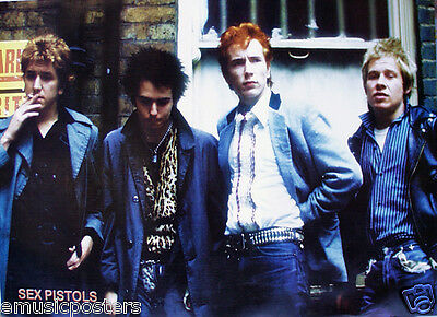 """SEX PISTOLS """"GROUP STANDING TOGETHER"""" POSTER FROM ASIA - 70's Punk Legends"""