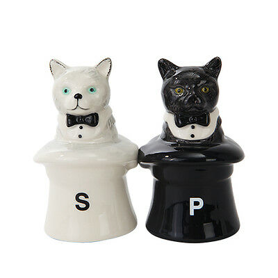 2 Black & White Cats In The Hats Ceramic Salt & Pepper Shakers.Magnetic Attached