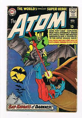 Atom 22 # Bat-Knights of Darkness ! Gil Kane cover grade - 4.5 scarce hot book !