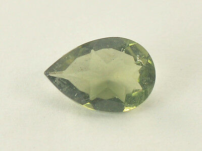 0.95cts drop pear 9x6mm moldavite faceted cutted gem BRUS939