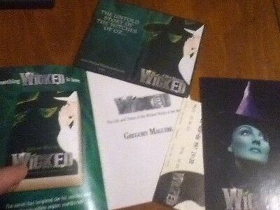 wicked the musical London Promo Lot, Credit Card Holder, Ticket & Postcard