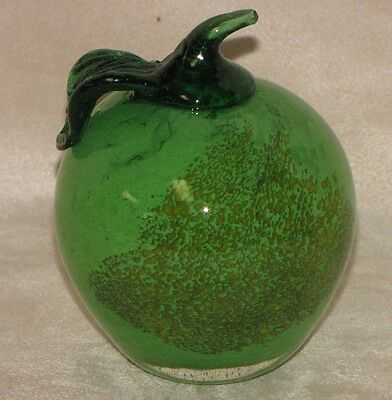 Lovely Vintage Italian Heavy Solid  Glass Green Granny Apple Fruit Paperweight