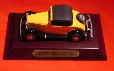 Avon - Classic Car Collection - 1930 Roadster - On Display Stand - In Box