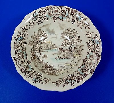 "ENGLISH STAFFORDSHIRE, COUNTRY LIFE,  8 1/4"" SERVING BOWL, J&G MEAKIN ENGLAND"
