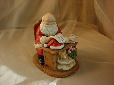HOMCO SANTA MAKING OUT CHRISTMAS LIST PORCELAIN FIGURINE with CAT 5601 6 inch