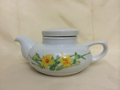 The Toscany Fine China Hand Painted Lillies Floral Pattern Teapot  From Japan