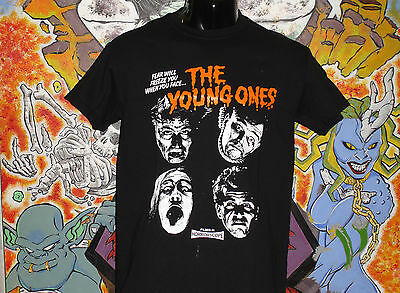 """The Young Ones """"Fear.."""" Shirt Vivian Mike pRick Neal Bad News Dangerous Brothers"""