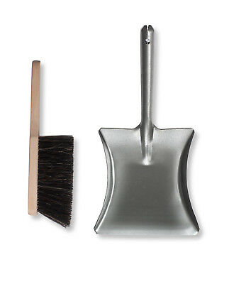 Garden Trading Galvanised Dustpan and Wooden Brush