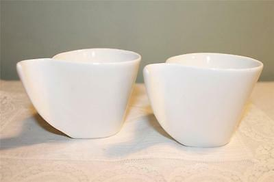 Tamnex Espresso Cups Matched Pair White Porcelain Artsy Handles Beautiful Modern