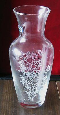 """PASABAHCE Etched Glass Vase Made in Turkey Etched Flowers 9"""" Tall"""