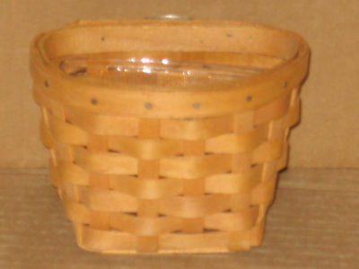 Longaberger Booking Oregano Basket with Protector Mint never used FREE SHIPPING!